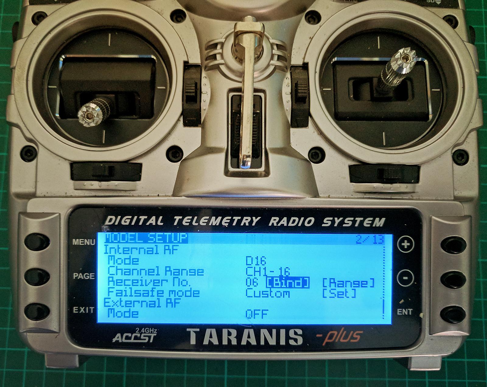 Micro-quadcopter using Runcam Split FPV/HD camera